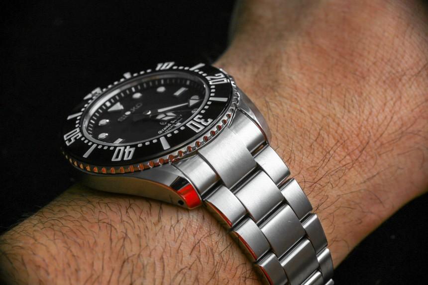 Grand-Seiko-Quartz-Diver-SBGX117-SBGX115-aBlogtoWatch-24